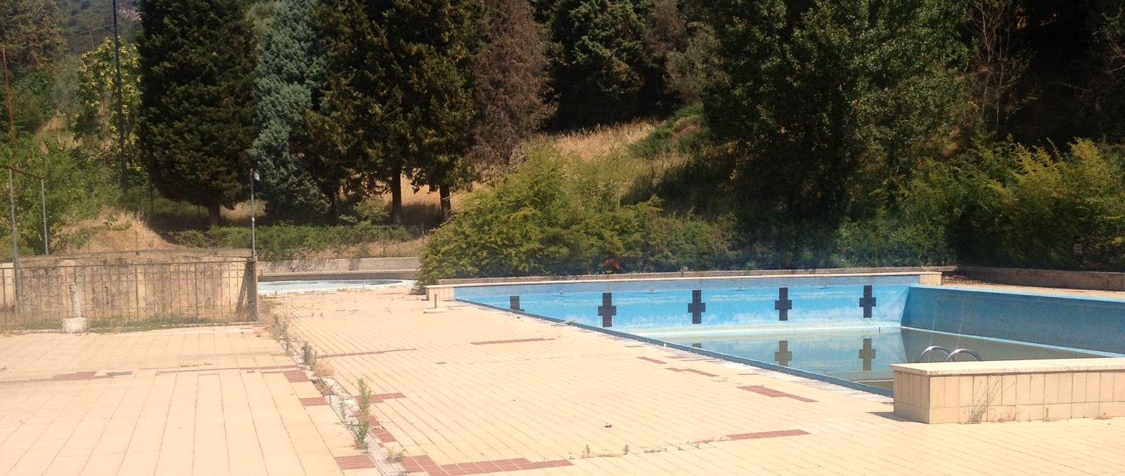 Umbria ferentillo l estate senza piscina sportpolitics - Piscina chiusa sclafani ...